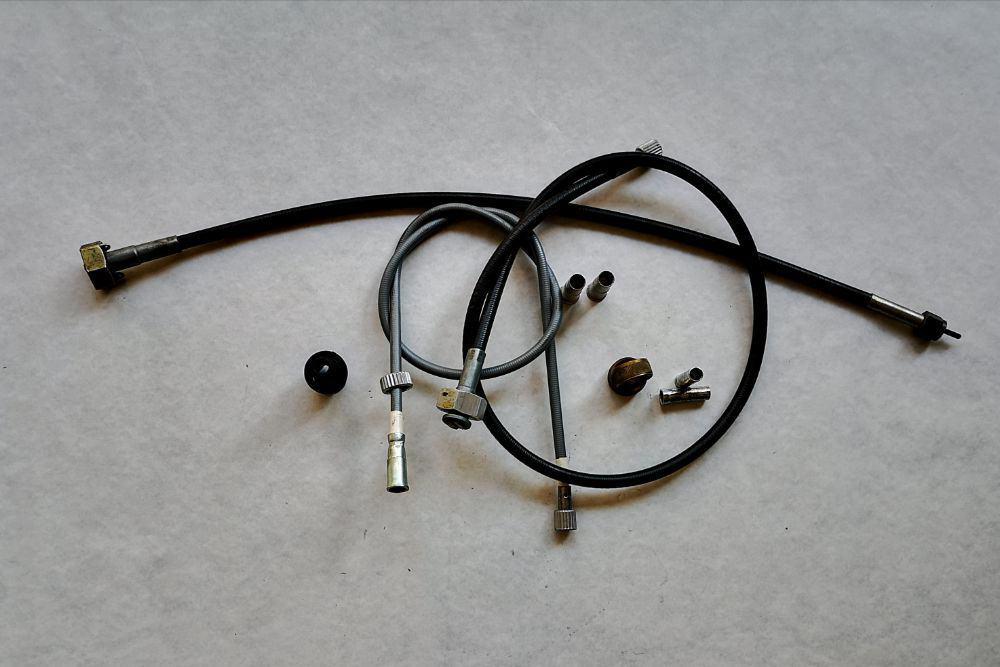 Cavo-e-accessori-contachilometri